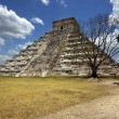 wild angle of the chichen itza temple  tulum mexico — Stock Photo