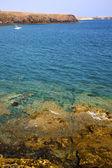 Kusten i spanien mysk damm vatten yacht sommaren — Stockfoto