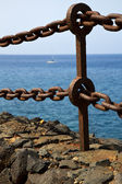 Rusty chain water yacht coastline and summer in lanzarote — Stock Photo