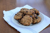 Homemade oatmeal cookies on table — Stock Photo