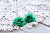 Green flowers hair pins — Stock Photo