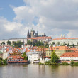 Walkway on Charles Bridge with Prague Castle in the background — Stock Photo