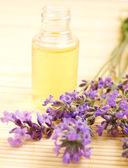 Lavendel-Massageöl — Stockfoto