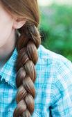 Naturliga blond flätat hår — Stockfoto
