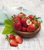 čerstvé sladké zralé jahody — Stock fotografie