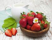 Fresh sweet ripe strawberries — Stock fotografie