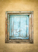 Small old wooden gate closed — Stock Photo