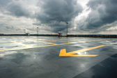 Deszczowy parking — Zdjęcie stockowe