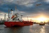 Ships in the harbor — Stock Photo
