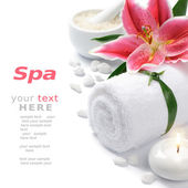 Spa setting with lily flower — Stock Photo