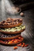 Färgstark blandning av kryddor — Stockfoto