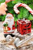 圣诞老人与圣诞礼物 — 图库照片
