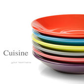 Stack of colorful plates — 图库照片