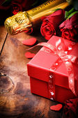 Romantic Valentine's setting — Stock Photo