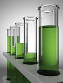 Gröna kemiska provrör — Stockfoto