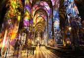 Inside Stephansdom — Stock Photo