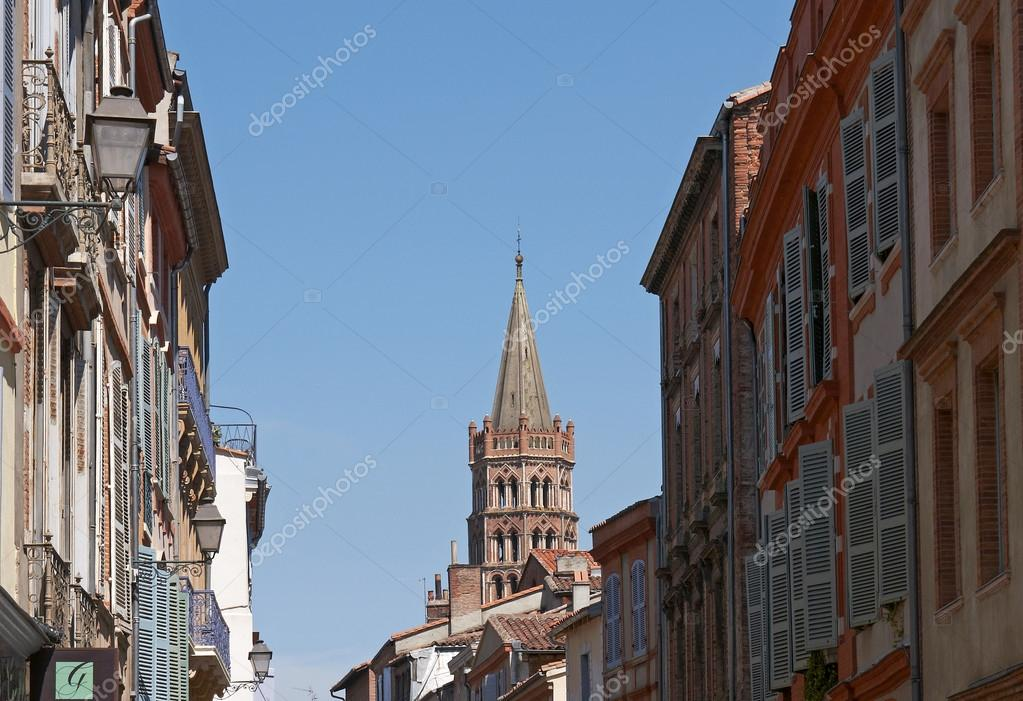 Basilique of saint sernin, tulouse — Stock Photo #13356825