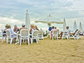 Group of Seniors at the Beach — Stock Photo
