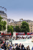 Crowd at Trafalgar Square London — Stock Photo