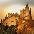Impressive Alcazar castle on sunset - Segova, Spain — Stockfoto #12745184
