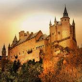 Impressive Alcazar castle on sunset - Segova, Spain — Stock Photo