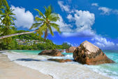 Idyllische tropische landschap - seychellen — Stockfoto