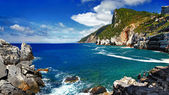 Landscapes of beautiful Italian reviera - Portovenere — Stock Photo