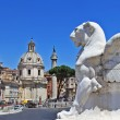 Roman landmarks, Piazza Venezia — Stock Photo #12768607