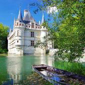 Azey-le-redeau 的美丽城堡 — 图库照片