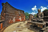 Buddha in Polonnaruwa temple - medieval capital of Ceylon,UNESCO World Heritage Site — Stockfoto