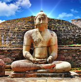 Buddha in Polonnaruwa temple - medieval capital of Ceylon,UNESCO World Heritage Site — Stock Photo
