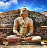 Buddha in Polonnaruwa temple - medieval capital of Ceylon,UNESCO World Heritage Site — Stock Photo