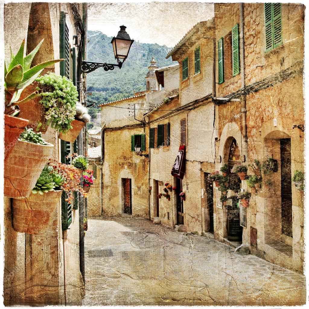 迷人的地中海的古镇的街道 — 图库照片©Maugli#12769107