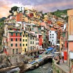Riomaggiore village, Cinque terre — Stock Photo #19025153