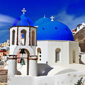 Traditional blue domes of Santorini — Stock Photo