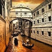 Venice on sunset. bridge of sights — Stock Photo