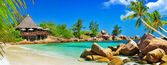 Luxury tropical holidays - Seychelles islands — Stock Photo