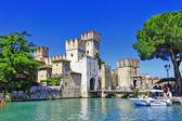 Scenery of Italy series - Sirmione. Lago di Garda — Stock Photo
