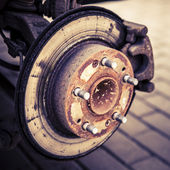 Changing tires or brakes — Stock Photo
