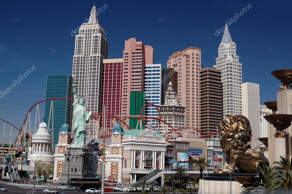 Landmarks at Las Vegas — Stock Photo #12828013
