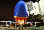 Southwest Airlines plane at the gate — Stock Photo