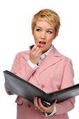 Zakenvrouw lippenstift toepassen — Stockfoto