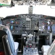 Commercial airline cockpit — Stock Photo