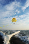 Parasail being pulled — Stock Photo