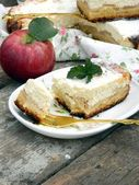 Cottage cheese pie with apples — Stock Photo