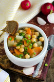 Soup of chickpea and vegetable — Stock Photo