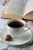 Taza de café con libro — Foto de Stock