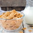 Corn flakes and milk . — Stock Photo