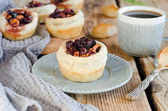 Puff pastry tarts with cranberries and walnuts — Stock Photo