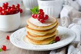 Panquecas com morangos — Foto Stock